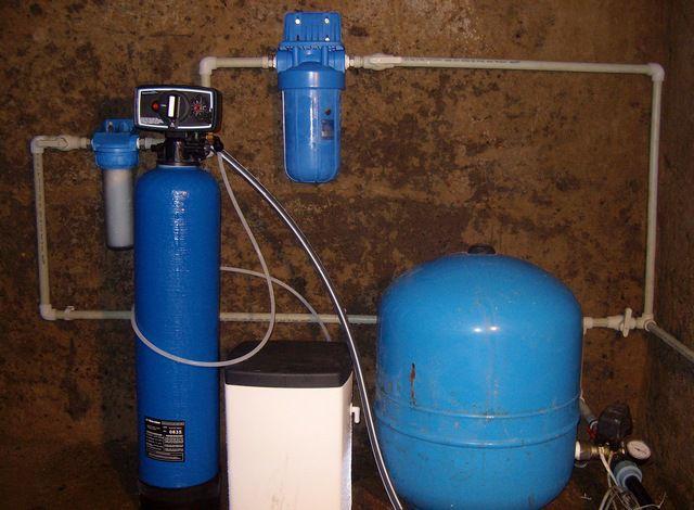 Мембранный гидроаккумулятор и система доочистки воды