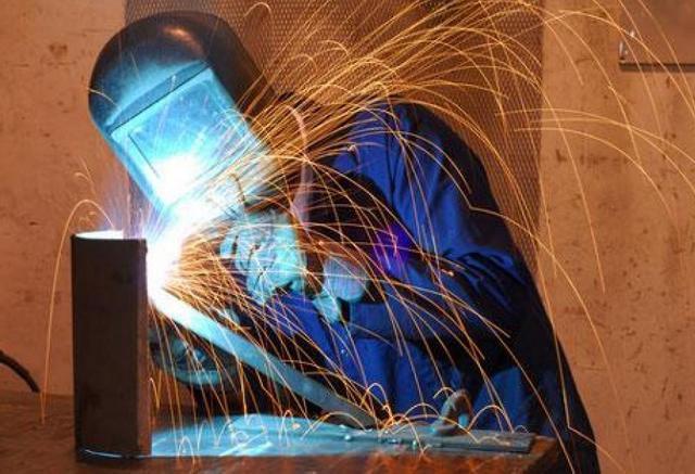 Как научиться работать электросваркой