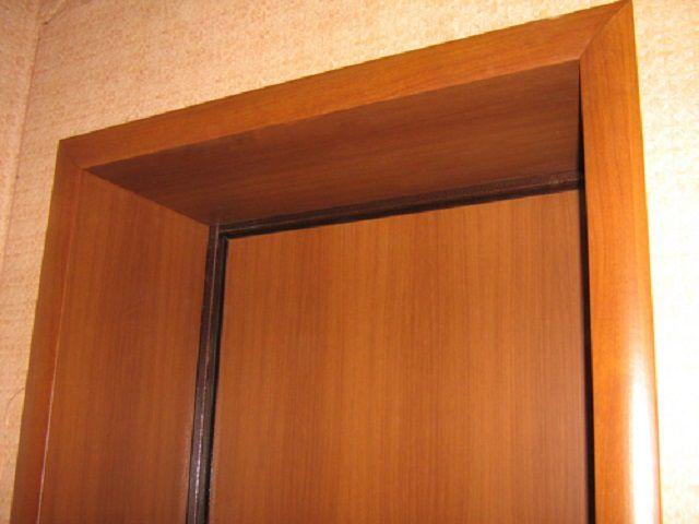 Для отделки можно использовать и ДСП, например, от старой ненужной мебели