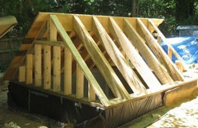 Стропильная конструкция для крыши над входом в погреб