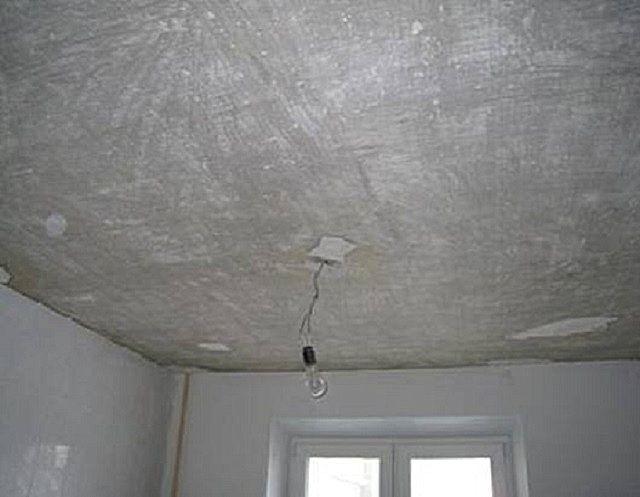 Потолок после проведения очистки