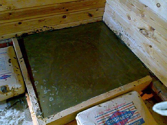 Залитое бетонное основание для дальнейшей установки печи
