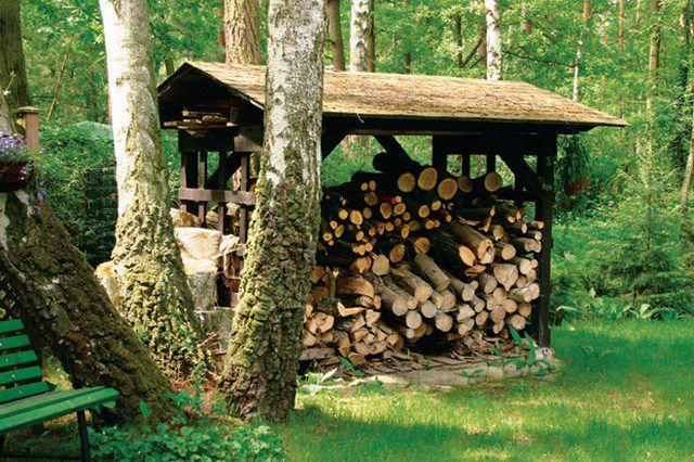Какими дровами лучше топить печь: выбираем лучшие породы для топления печи в доме10