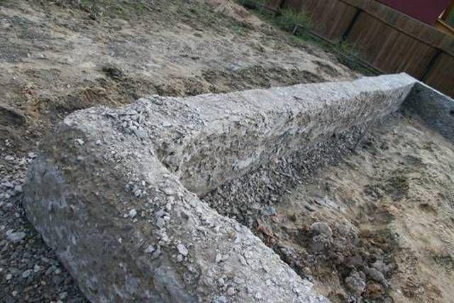 Химические элементы, растворенные в воде, активизируют эрозию бетона