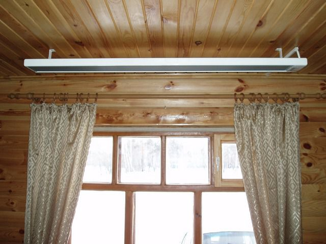 ИК-обогреватели могут иметь форму потолочных светильников