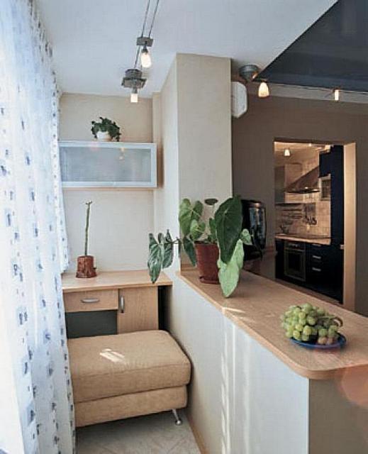 Хорошо утепленная лоджия может быть объединена с гостиной