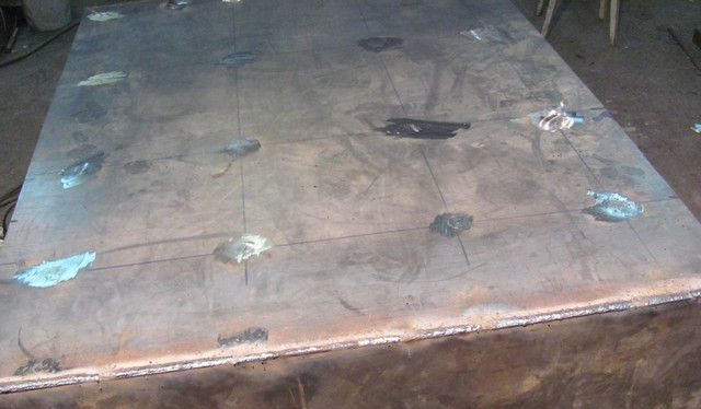 Листы обшивки после зачистки