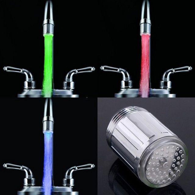 Интересное дополнение - подсветка струи с изменением цвета в зависимости от температуры воды