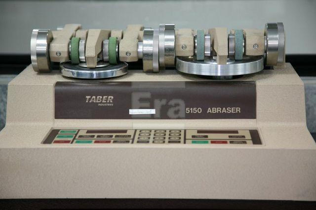 Аппарат для проведения Табер-теста на абразивную устойчивость покрытия