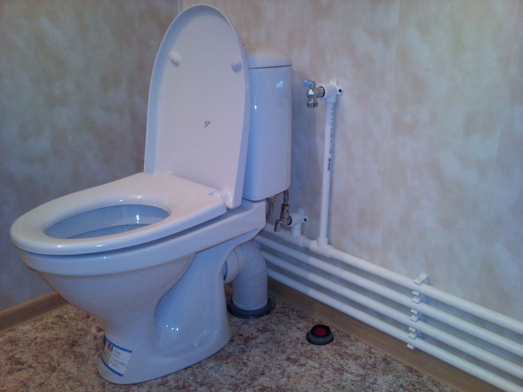 Монтаж внутреннего водопровода на даче