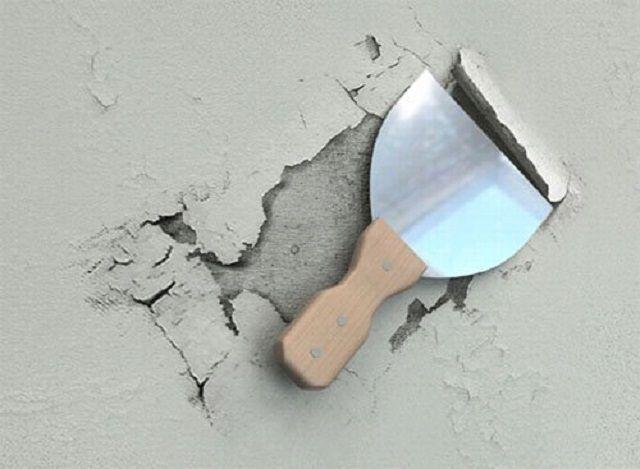 Со стены обязательно убираются нестабильные места, участки отслоения, рыхлости и т.п.