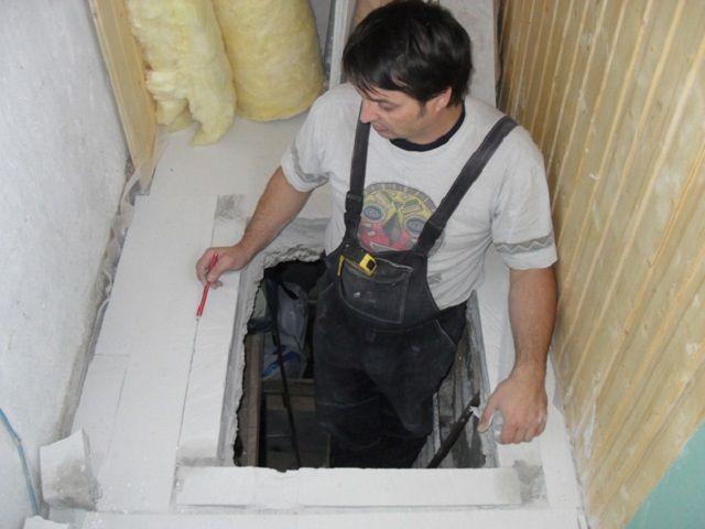 Вход в погреб должен быть аккуратным, лестница - надежной
