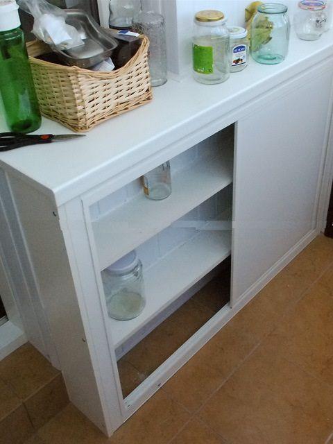 Дополнительно можно смонтировать удобные шкафы или полки