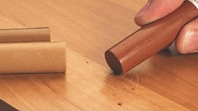 Затирка царапины ретуширующим карандашом