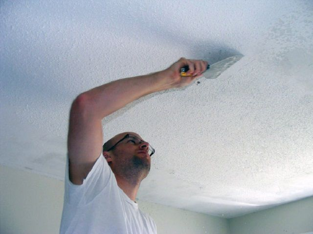 Поверхность потолка должны быть тщательно очищена