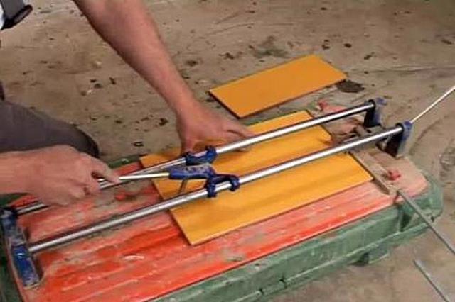 Самый удобный инструмент - плиткорез