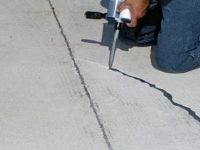 Ремонт бетонного основания - обязательное условие для качественного настила линолеума