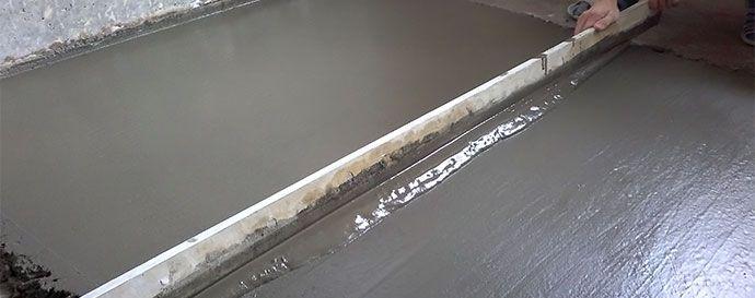 Выравнивание цементной стяжки