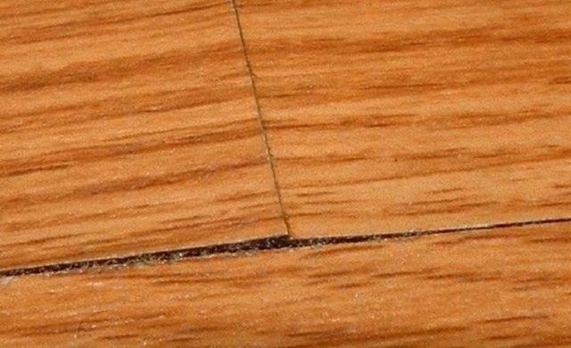 Нестабильность микроклимата в помещении  может стать причиной порчи ламинированного покрытия и появления скрипов