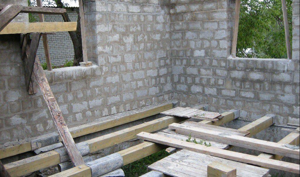 Строительство дома своими руками из пеноблока