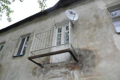 Перекрытия балкона должны выдержать вес рам, окон, мебели и т.д.