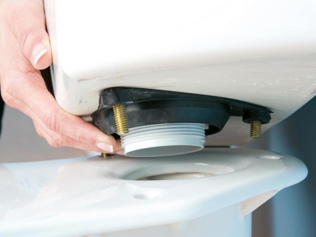 Сливная трубка от унитаза к бачку 45 мм купить сантехника мойдодыр харьков