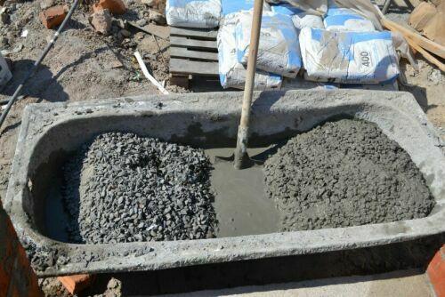 Приготовление бетона вручную