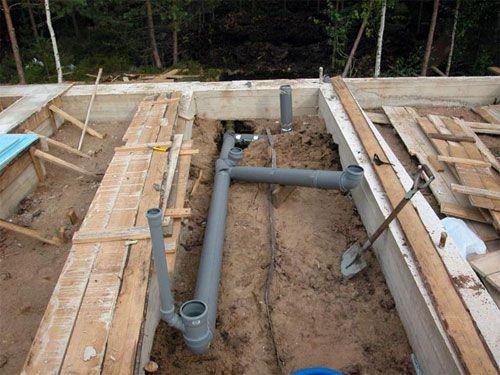Пример прокладки канализационных труб