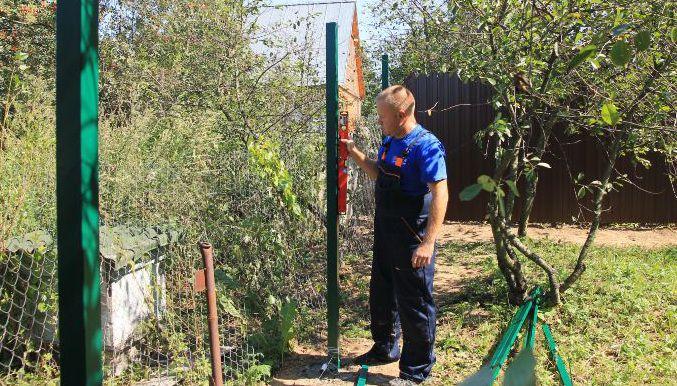 Проверка ровности столбов