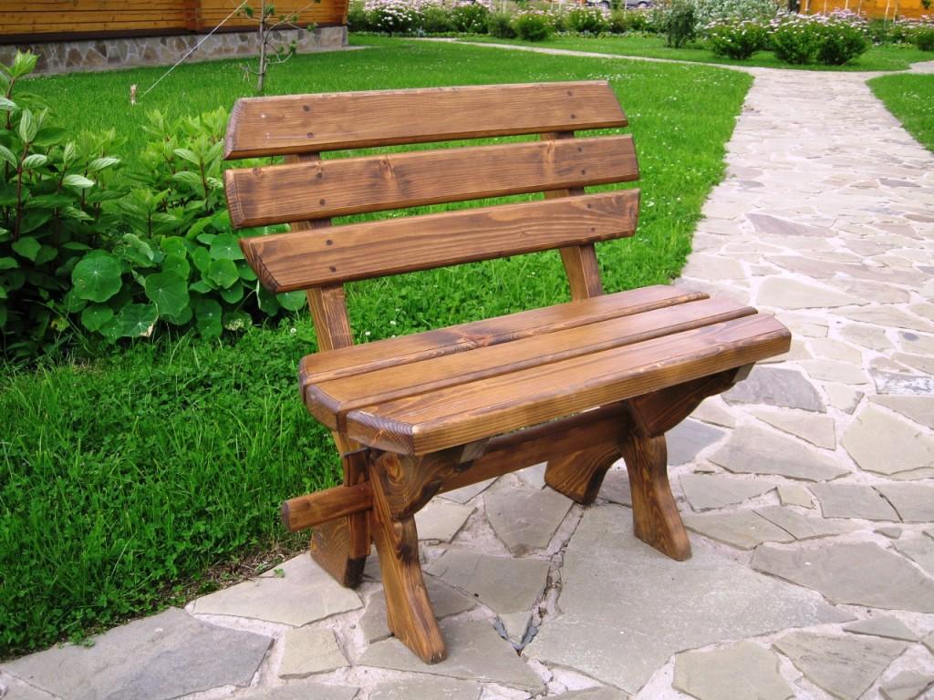 Садовая скамья со спинкой
