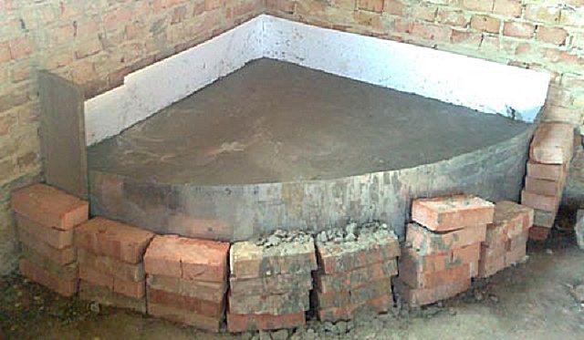 Фундамент залит и набирает прочность не менее месяца