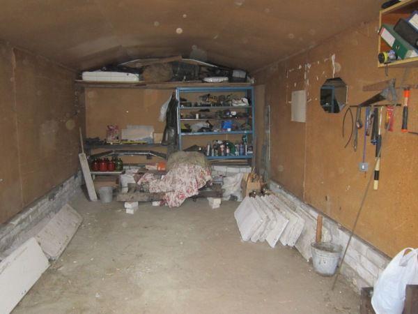 Вариант изготовления пола в гараже из бетона и блоков