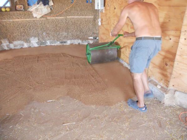 Засыпка и трамбовка глины