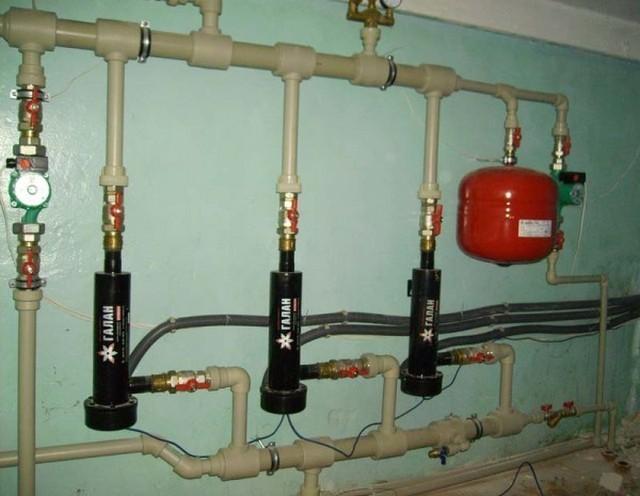 Теплоноситель для электродных котлов должен обладать специфическим свойствами
