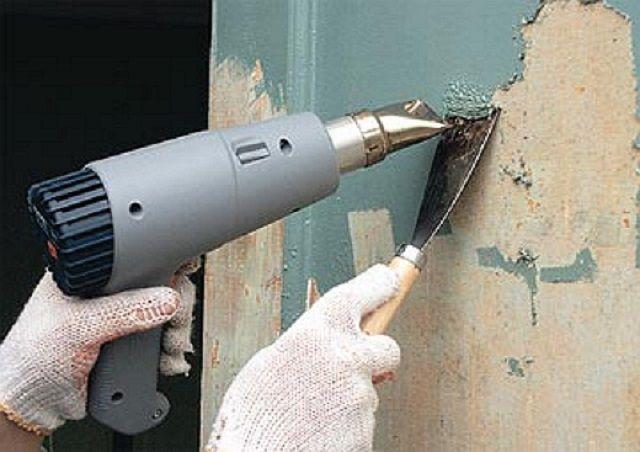 Очистка стен от краски с помощью фена ...