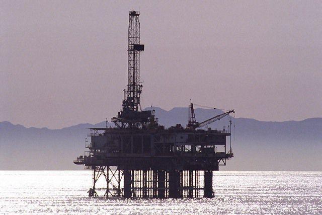Добыча энергоносителей часто проводится в самых экстремальных условиях