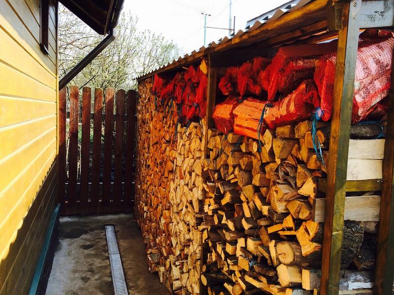 8 кубов дров