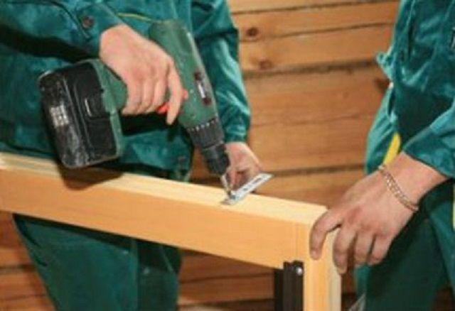 Крепление кронштейнов на раму - на деревянную ...