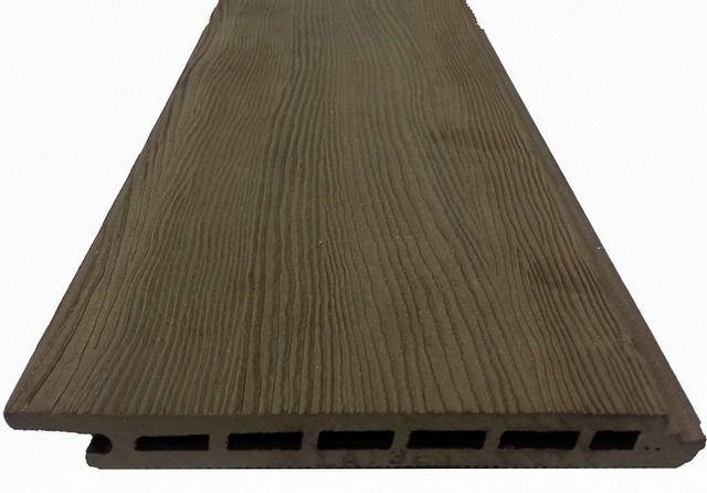Сайдинговая панель из древесно-полимерного композита