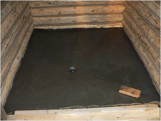 Готовый бетонный пол со стоком в центре