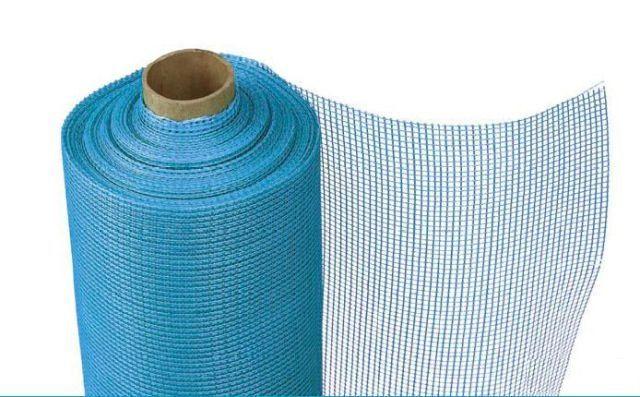 Рулон стекловолоконной армирующей сетки
