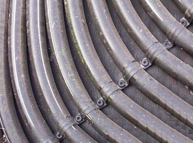 Крепление витков металлической полосой