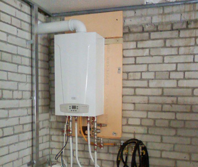 Отопление гаража газовым котлом - достаточная редкость