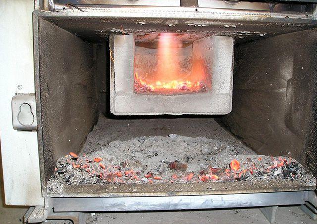 Пиролизные котлы максимально используют энергию сгорания твердого топлива