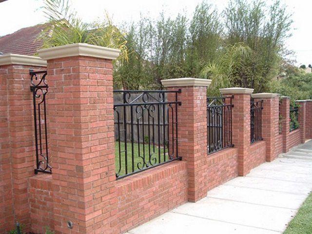 Кирпичные столбы для забора своими руками: делаем по инструкции кирпичные столбы под забор