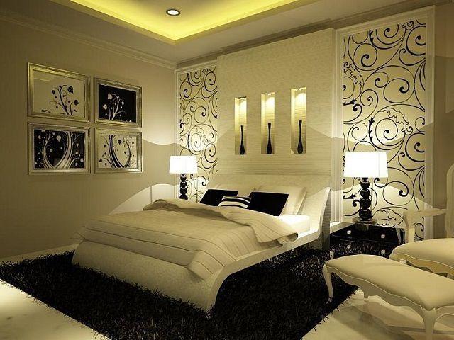 Оформление интерьера спальной вставками