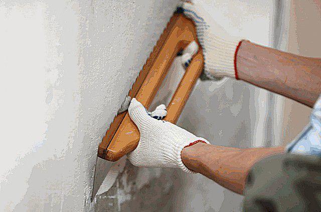 Шпаклевка стен своими руками под обои покраску видео