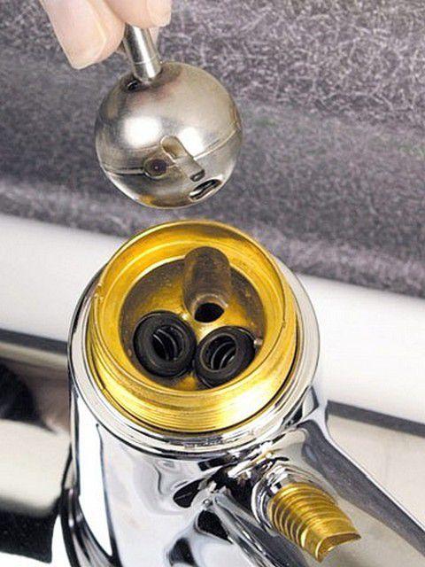 Клапанная часть со снятым шаром - вид сверху