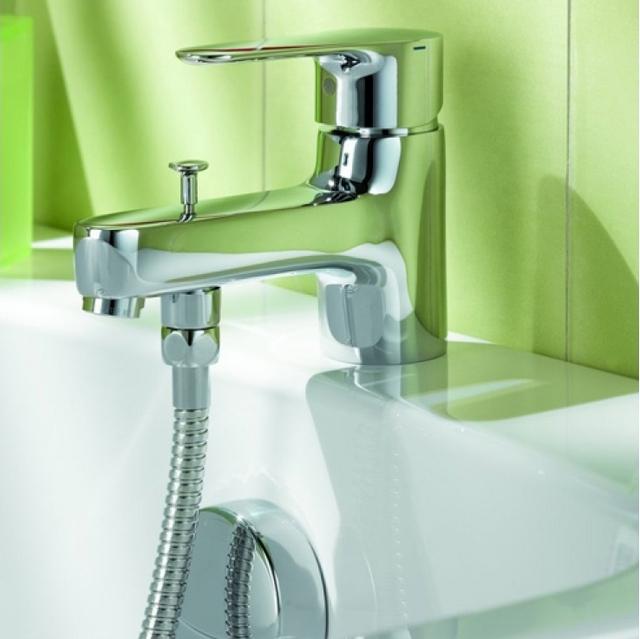Самый простой способ установки смесителя на бортик ванны