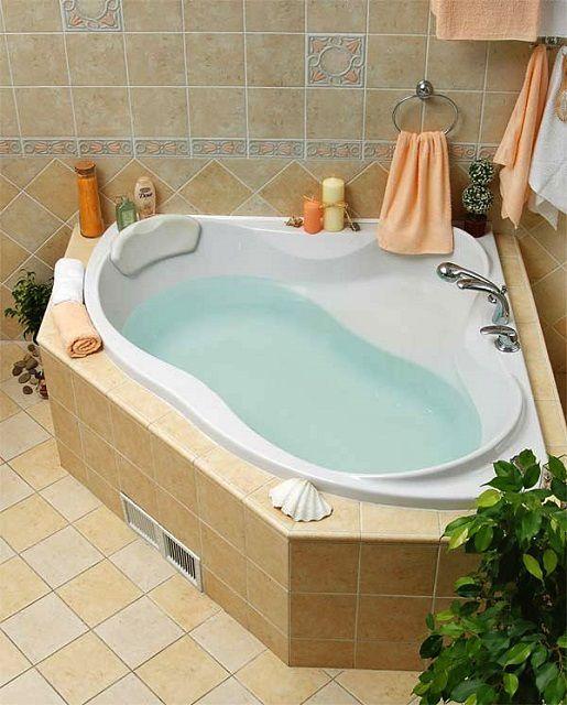 Разнообразие возможных вариантов акриловых ванн просто поражает воображение